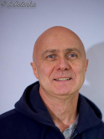 Dieter ist Trainer beim Team von Aspis-Defense