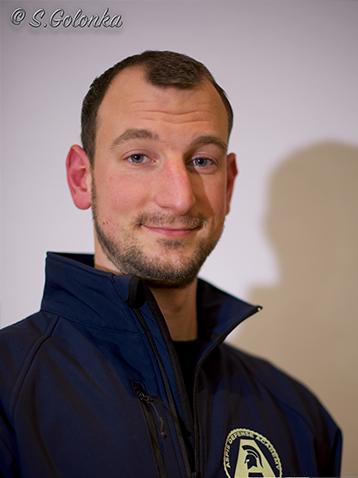 Chris ist Trainer beim Team von Aspis-Defense