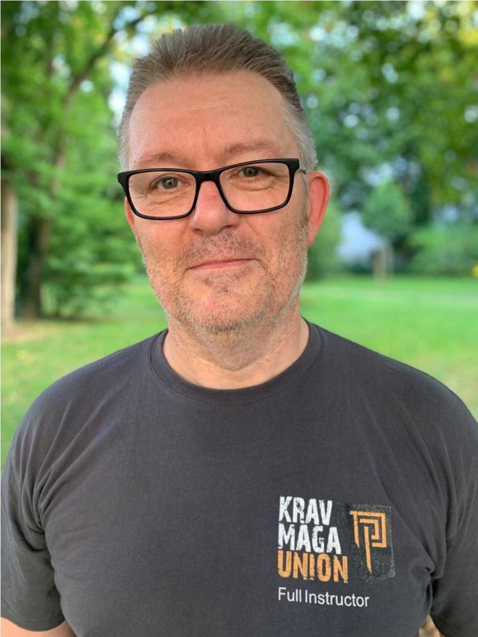 Ulf Reinecke ist der Gründer und Inhaber der Aspis Defense Academy